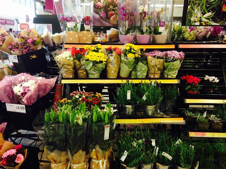 Supermarket - flower display